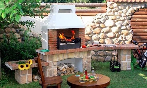 Как сделать печь барбекю и мангал из кирпича на даче